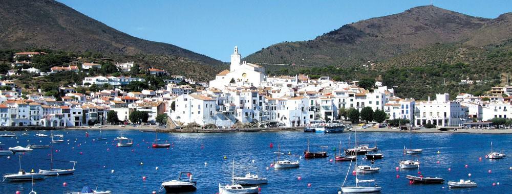 where to get married in spain beach - Cadaqués