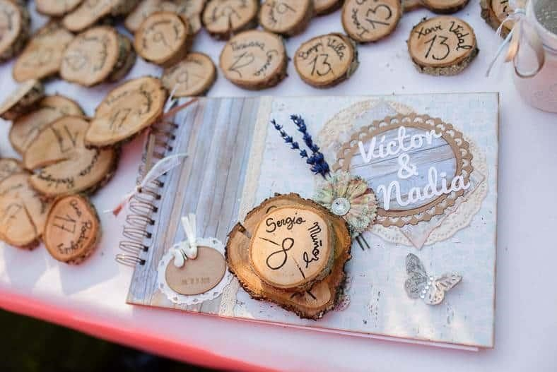 3 Thoughtful Destination Wedding Favors Your Guests Will Flip Over. Photo by Mamamint