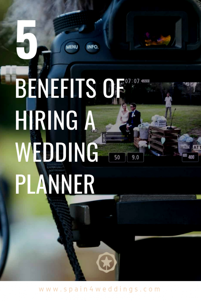 5 Benefits of hiring a wedding planner