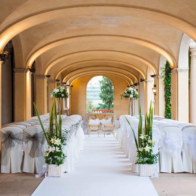 Beginner's guide to a destination wedding in Spain