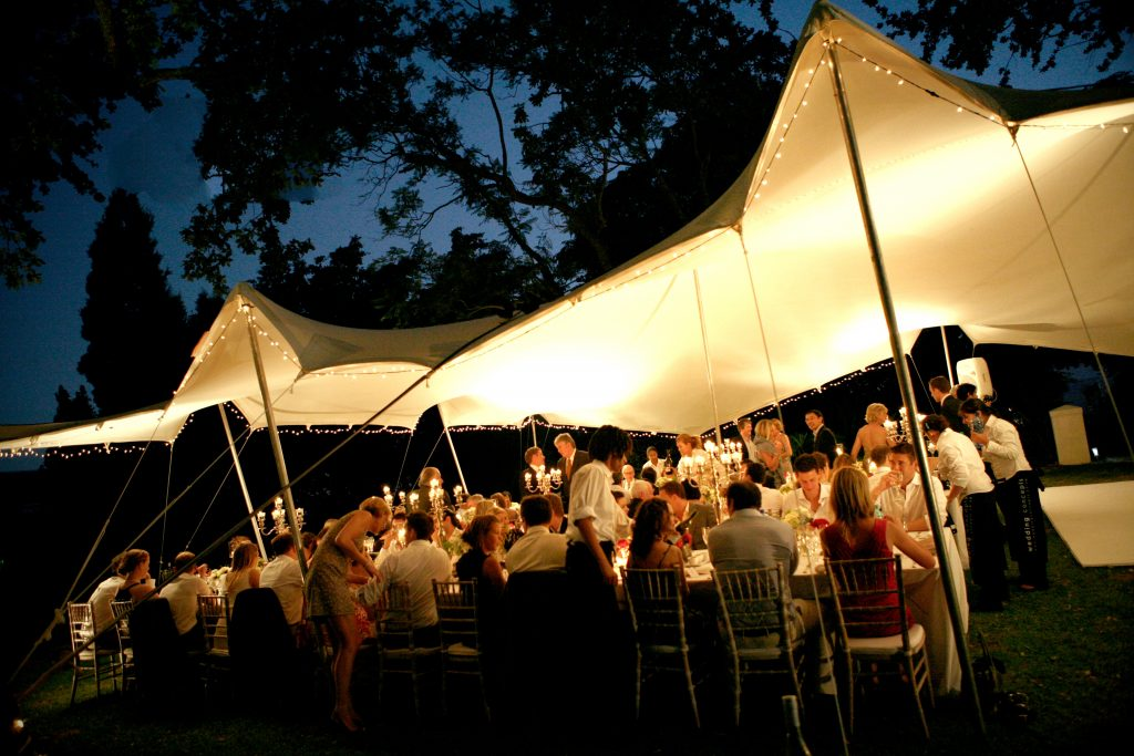 5 Ways to spend less on your wedding day. Photo Tents Mallorca AICO