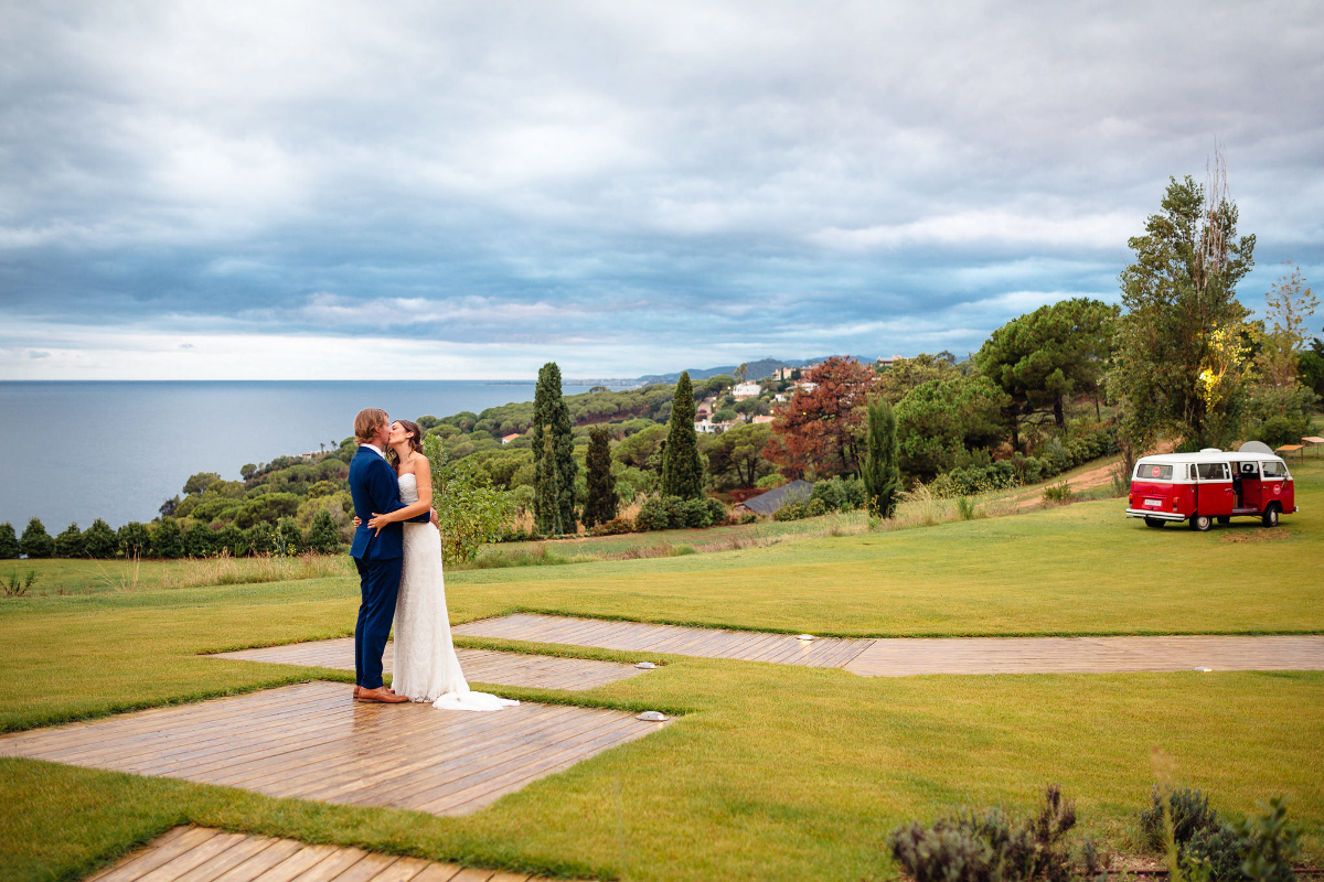 Top 4 Dreamy Spanish Wedding Locations. Photo by Cala Gran