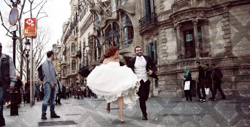 Why are micro weddings so popular in Spain. Photo by 4Eyesworld