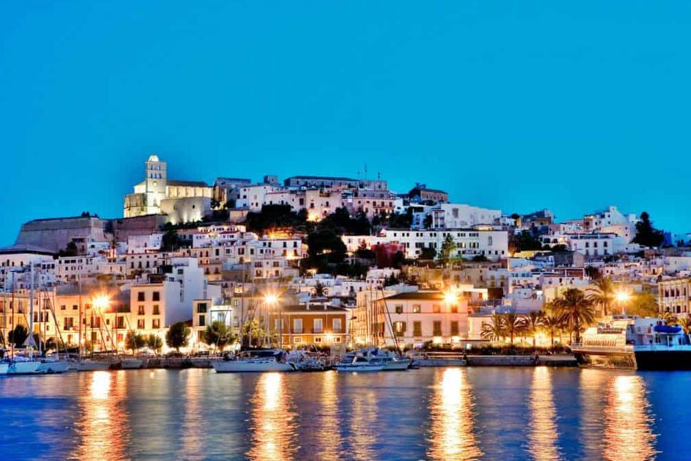 5 Benefits of a destination wedding in Ibiza