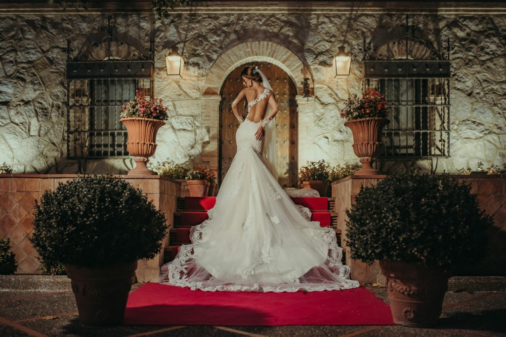 Pro tips for selecting a wedding photographer. Photo by FotoClip