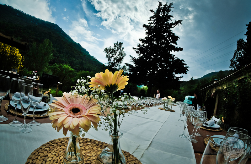What is wedding insurace and do I need it Photo by Dani Legaz