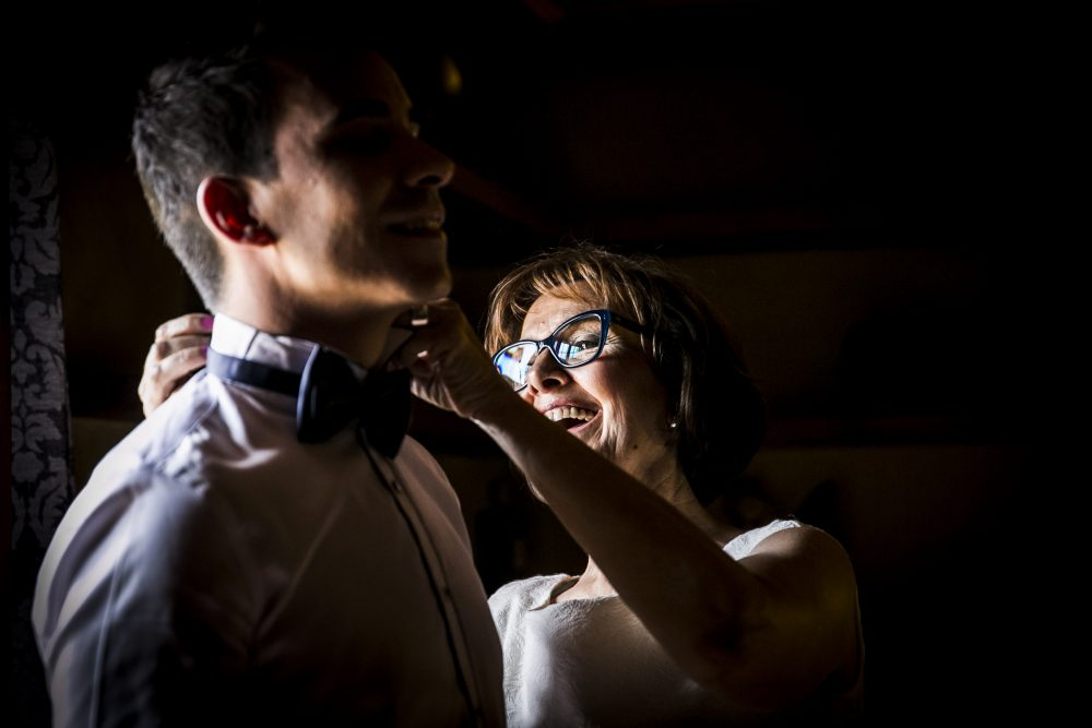 The ultimate getting-ready guide for the groom. Photo by Andreu Doz