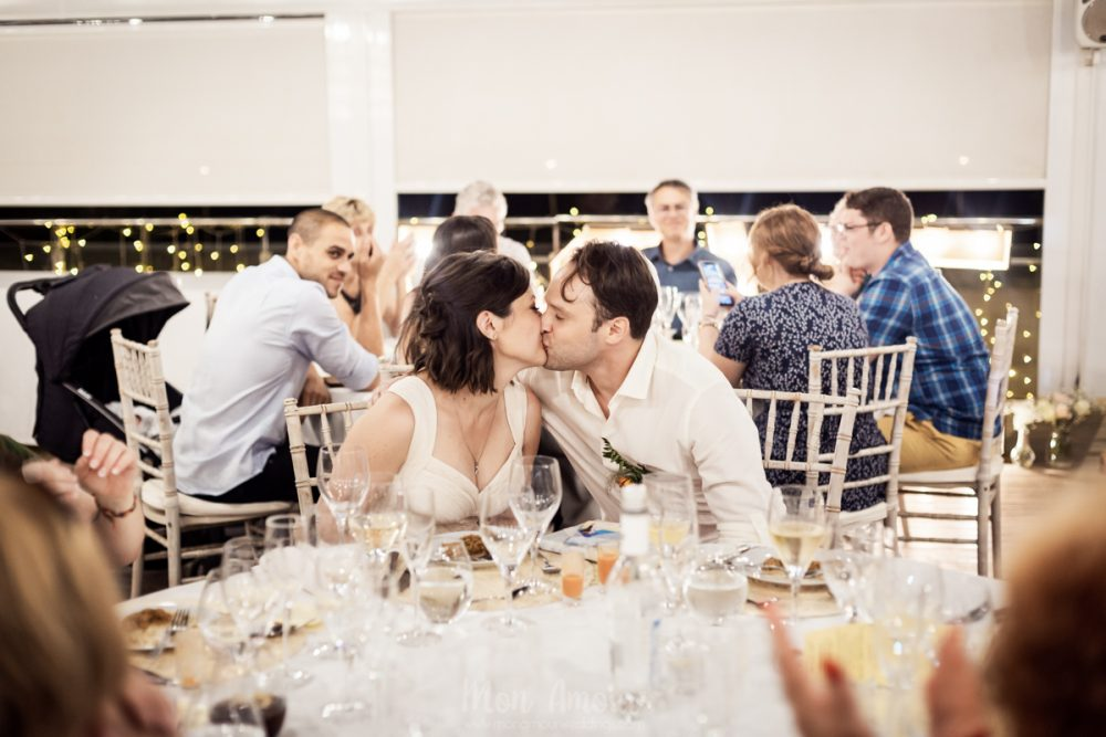 The right way to seat your wedding guests at a singles table. Photo by Monica Vidal