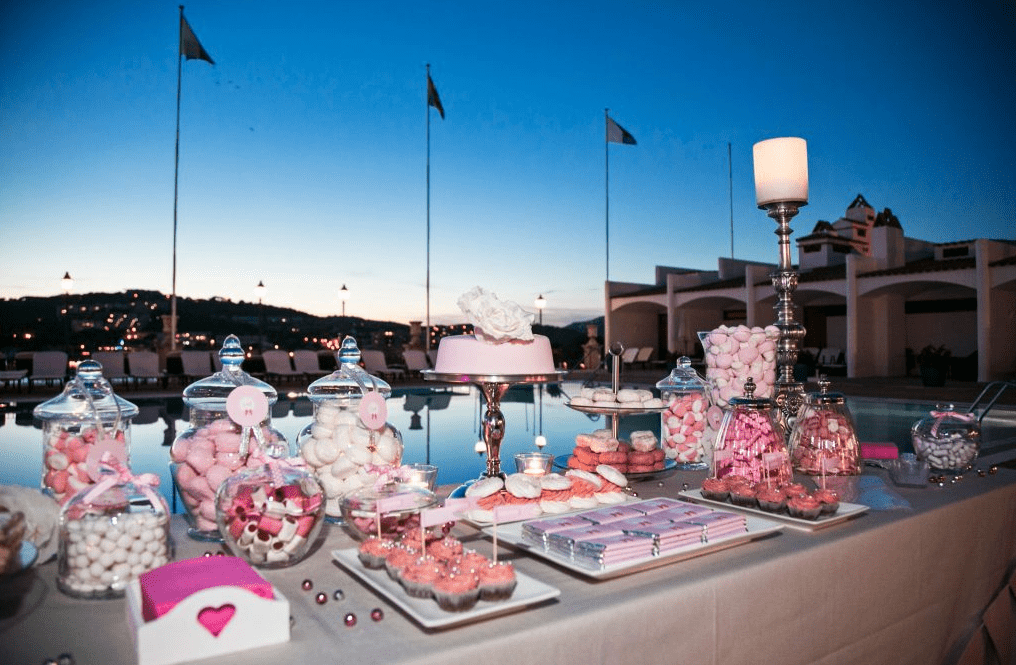 Everything you need to know about wedding cupcakes. Luxury Wedding Venue in Costa Brava